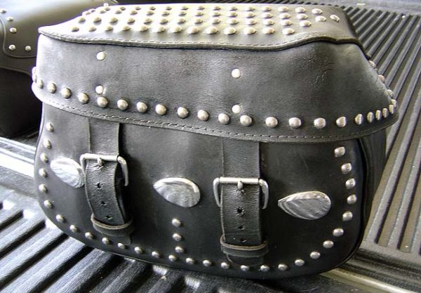 motorcycle-saddlebags